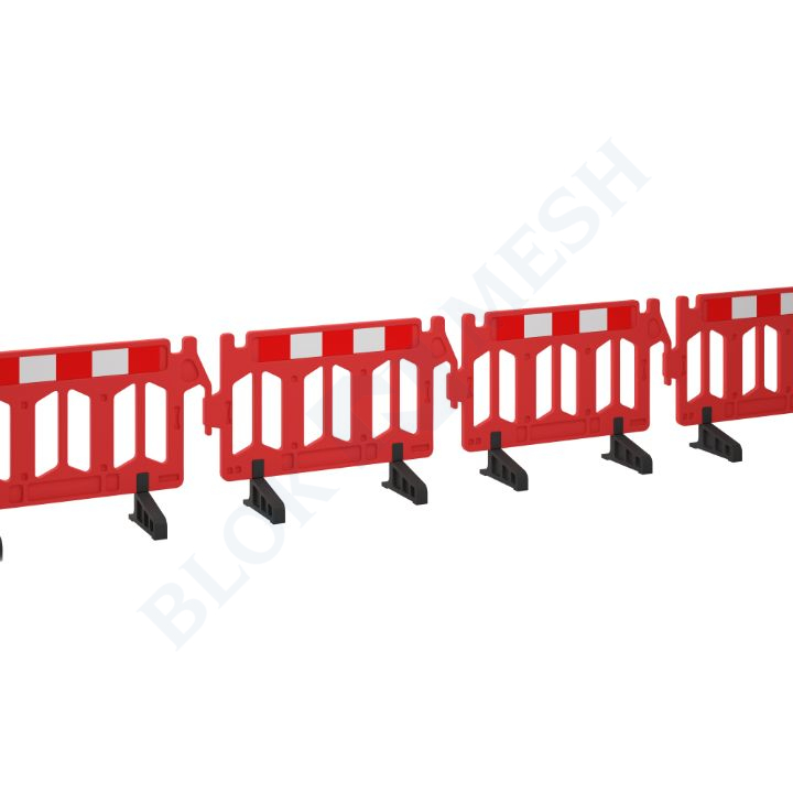 Standard Chapter 8 Traffic Barrier with Anti-Trip Feet